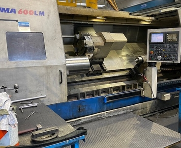 cnc lathe With tailstock DAEWOO