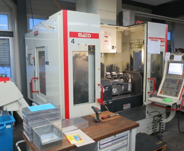 Vertical machining center 5 axes QUASER